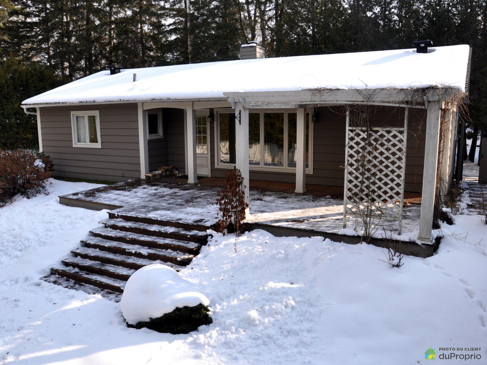 Winter Front - 5109 5e Avenue, Val-Morin for sale