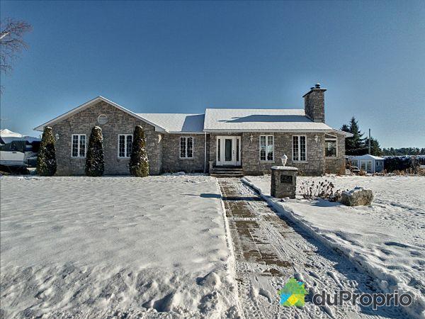 264 rue de la Montagne, Papineauville for sale