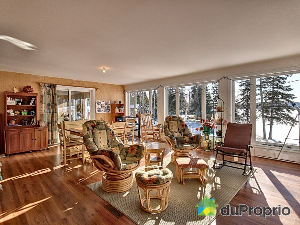 Sunroom - 220 chemin du Lac-Rond, Ste-Hedwidge for sale