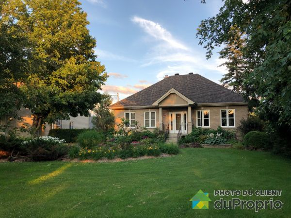 Summer Front - 204 boulevard Lacombe, Repentigny (Le Gardeur) for sale