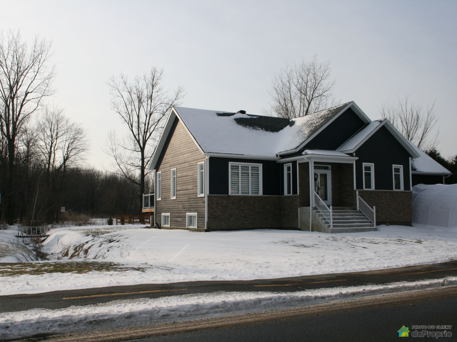 Winter Front - 665 rue Auger, St-Amable for sale