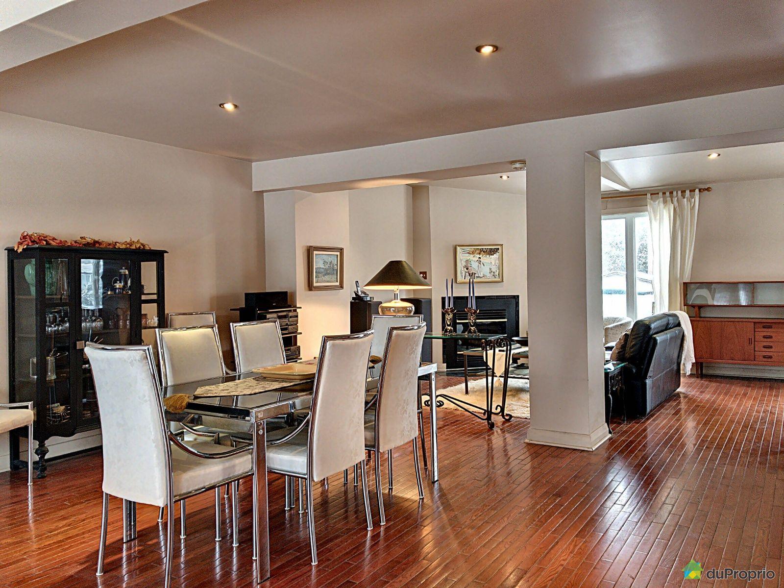 Living / Dining Room - 3390 rue Beauséjour, Saint-Laurent for sale