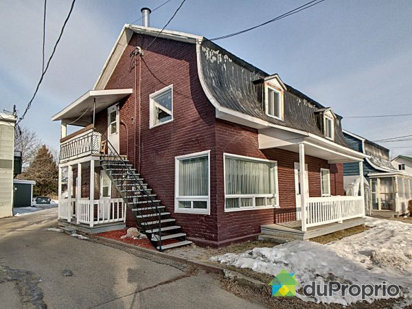 17-19, rue Saint-Édouard, Baie-St-Paul for sale