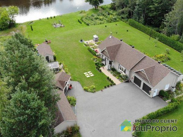 649 rang de la Rivière, Maddington for sale