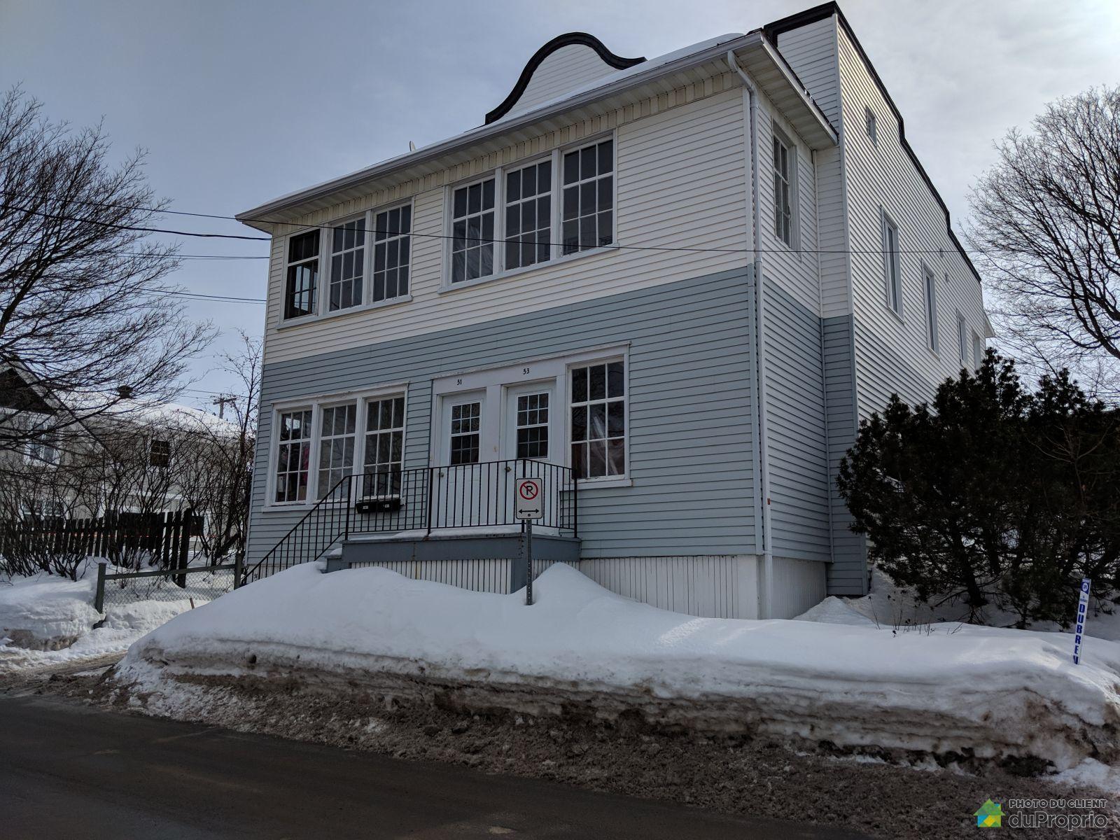Winter Front - 53 rue Saint-Elzéar, Rivière-Du-Loup for sale