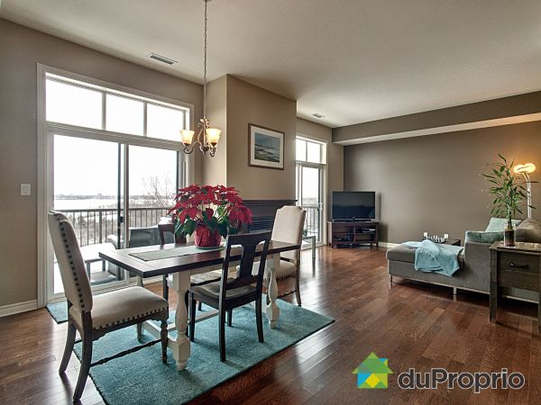 Living / Dining Room - 8-125 rue d'Augusta, Gatineau (Aylmer) for sale
