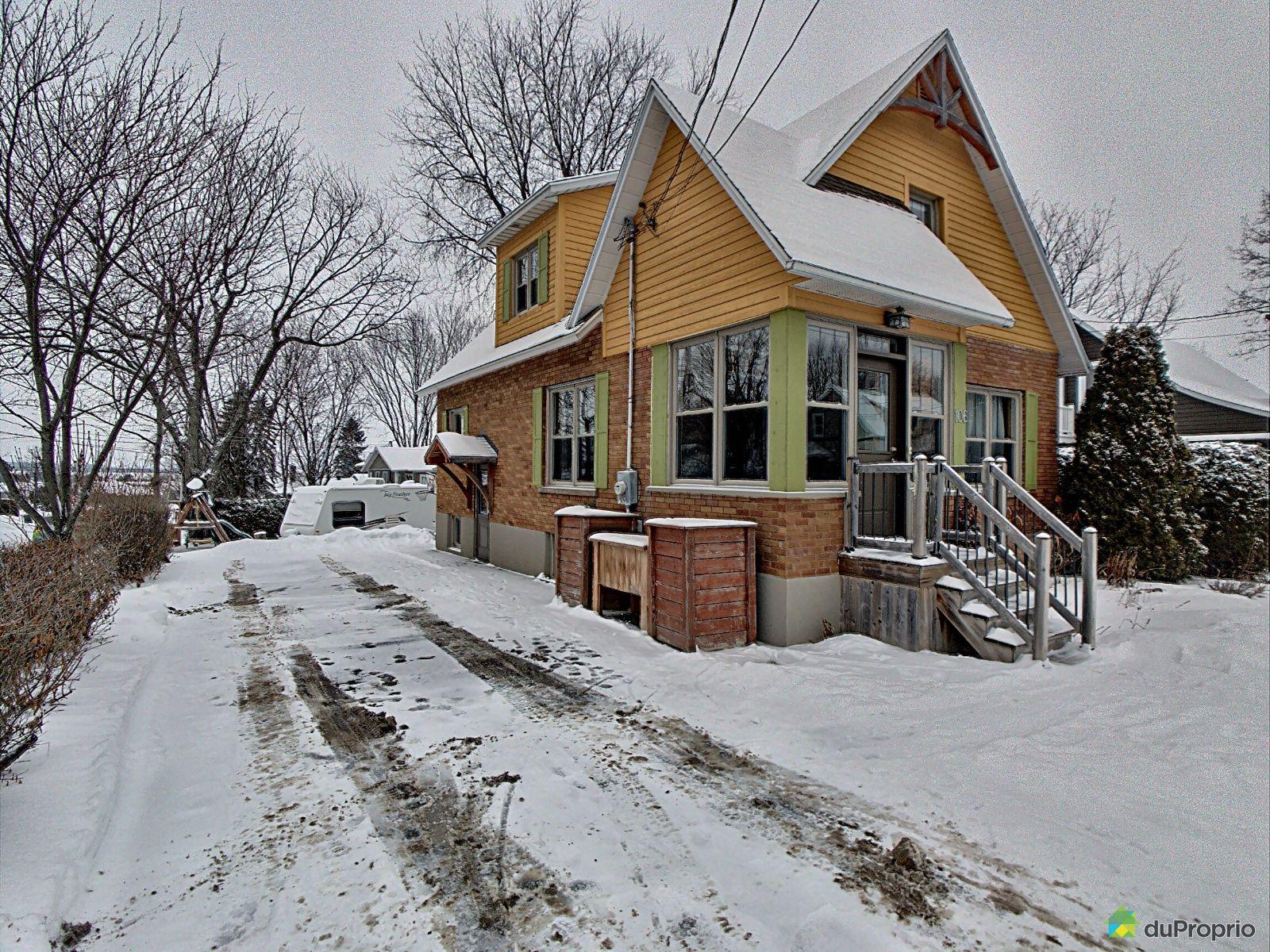 106 rue Saint-Louis, Warwick for sale