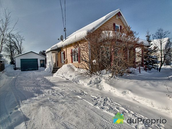 896 rue Saint-Cyrille, Normandin for sale