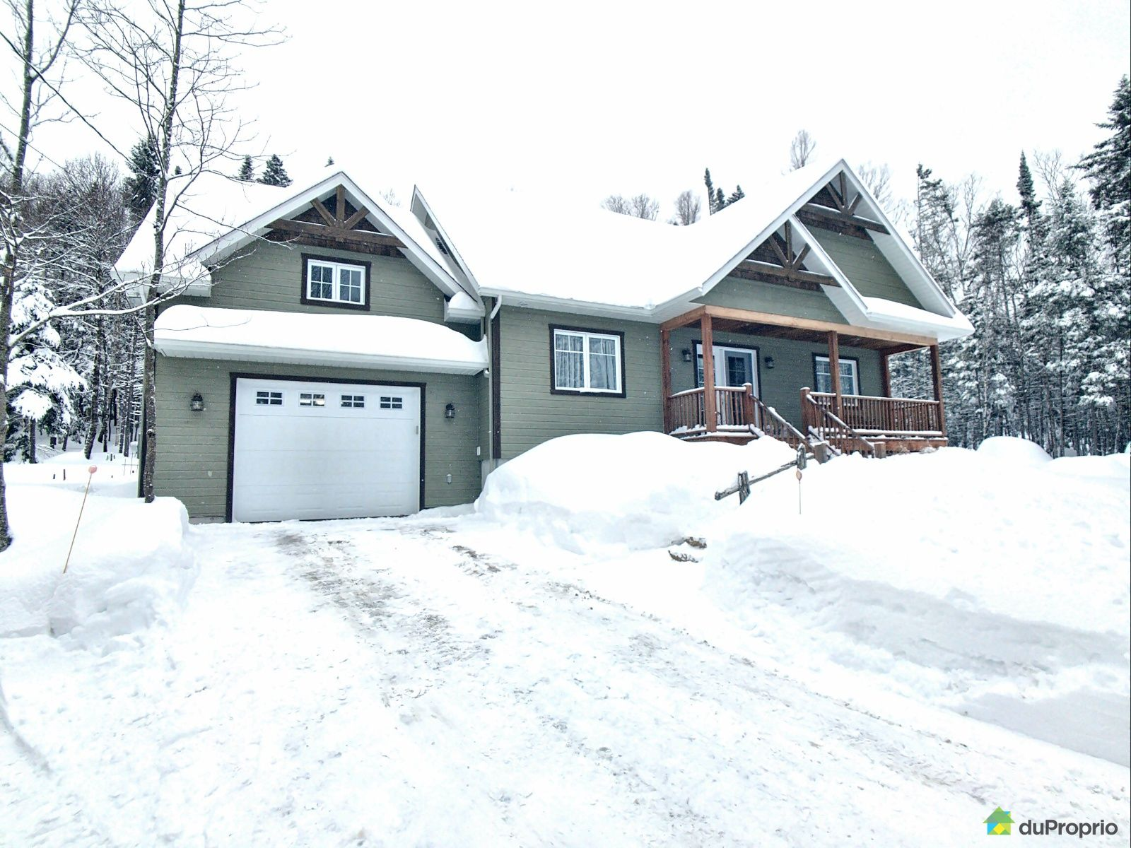 1270 montée Gagnon, Val-David for sale