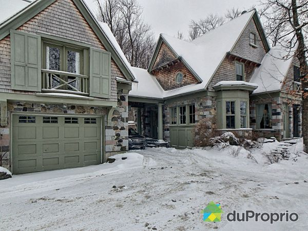 Winter Front - 22 rue Conférence, Lac-Brome (Knowlton) for sale