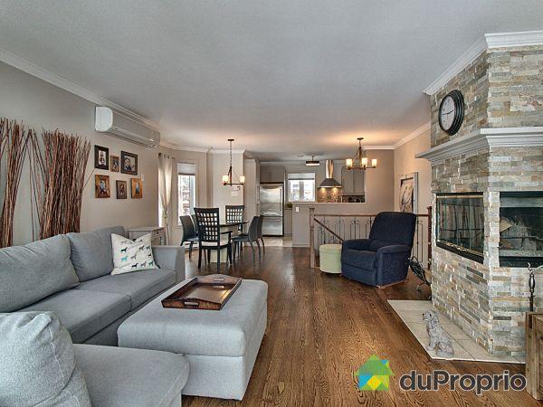 Living Room - 311 croissant des Neiges, St-Sauveur for sale
