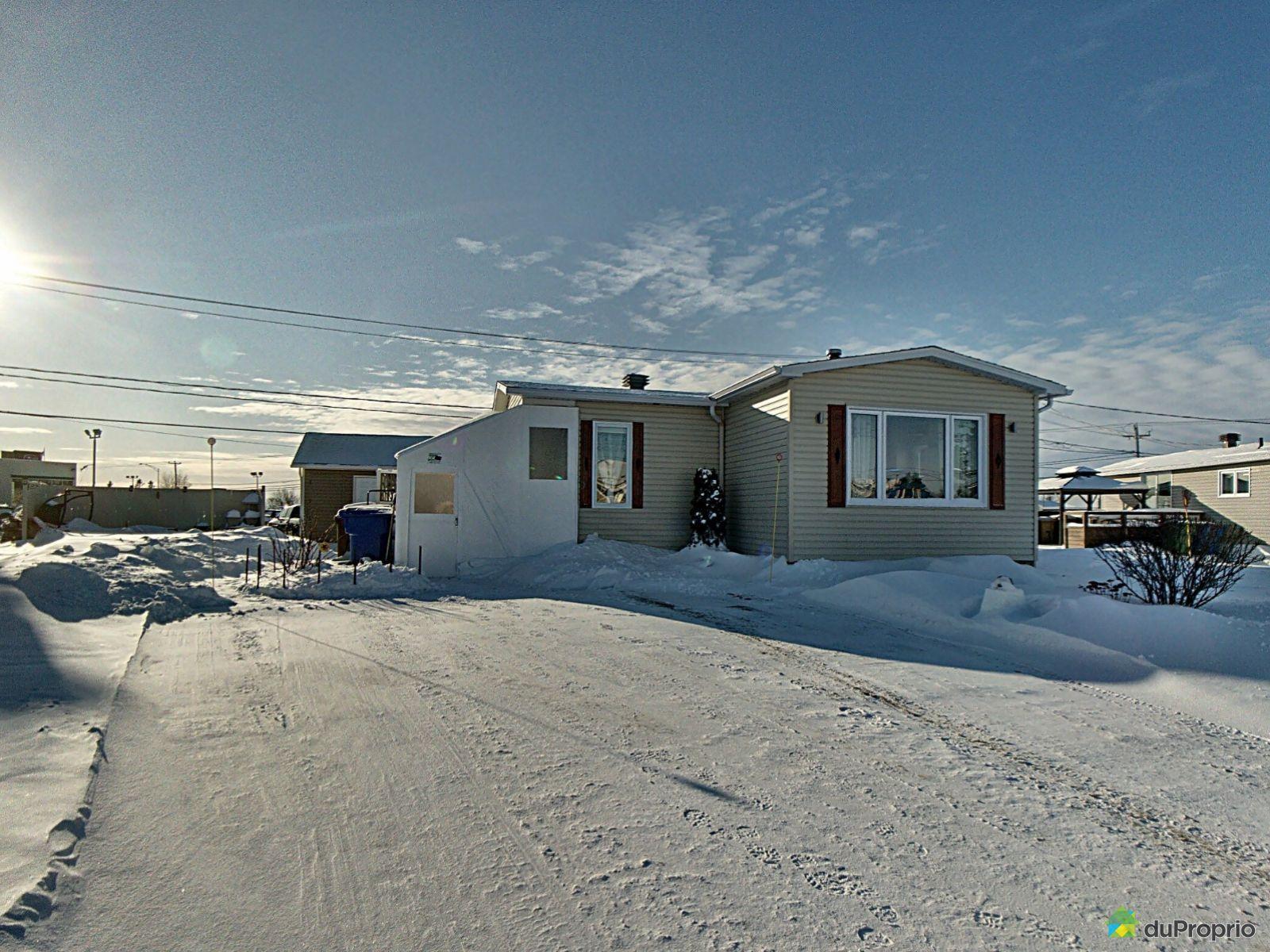 Winter Front - 318 avenue des Pluviers, Rimouski (Pointe-Au-Père) for sale