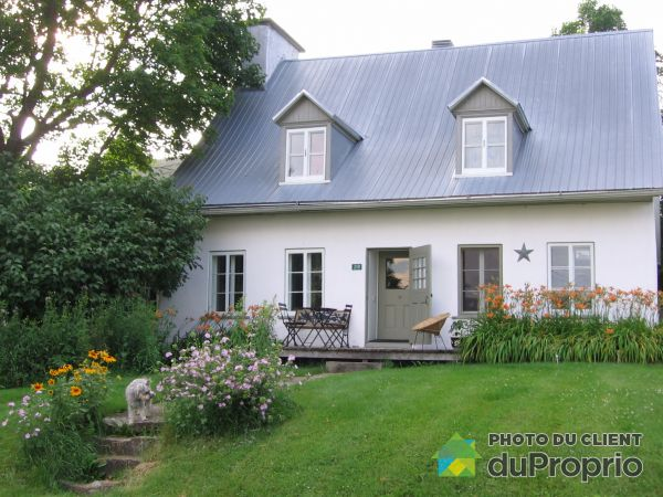 Summer Front - 210 chemin Sir-Lomer-Gouin, Grondines for sale
