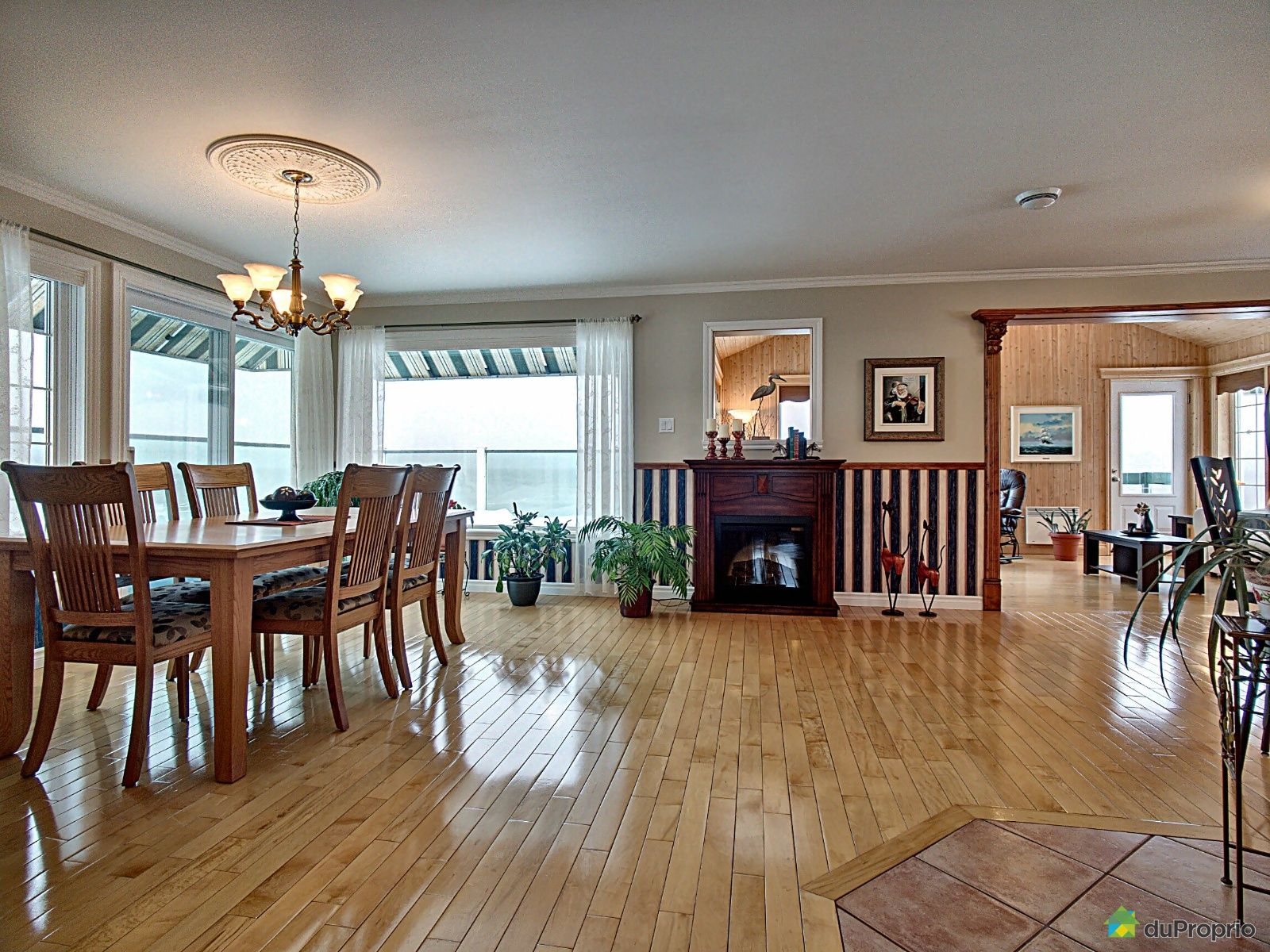 Dining Room - 142 rue Mackay, Rivière-Du-Loup for sale