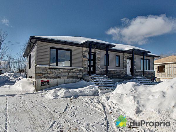 Maison modèle à visiter - 261 avenue des Dalles - Par B2G2 Construction, Shawinigan (Shawinigan-Sud) for sale