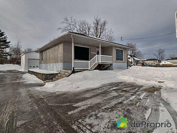 Côté sud - 545, boulevard du Curé-Labelle, Blainville à vendre
