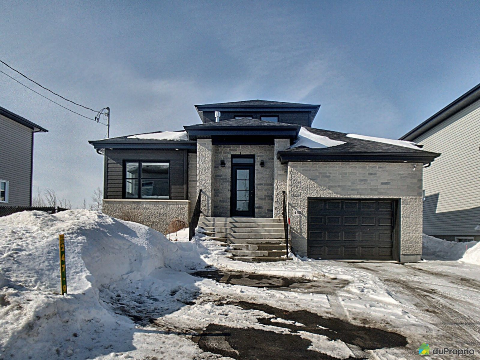 Winter Front - 465 rue Blain, St-Amable for sale