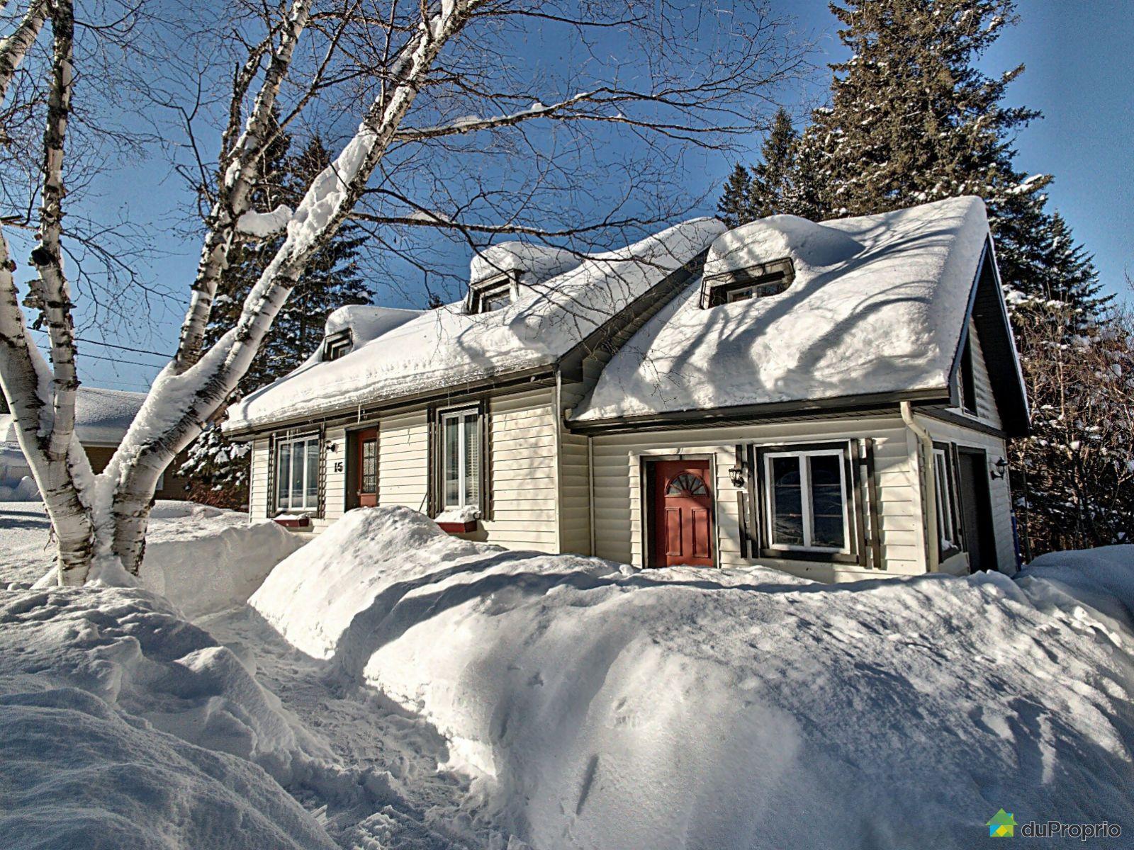 15, chemin du Village, Lac-Beauport à vendre