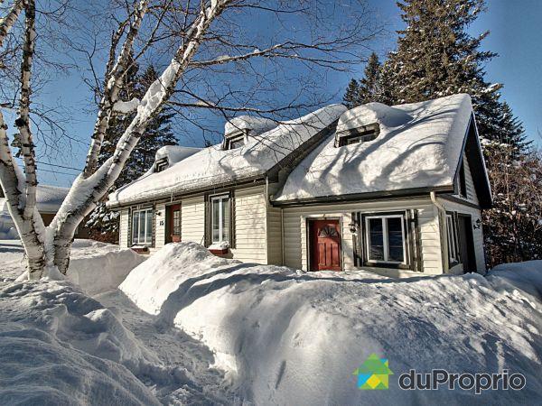 Winter Front - 15 chemin du Village, Lac-Beauport for sale