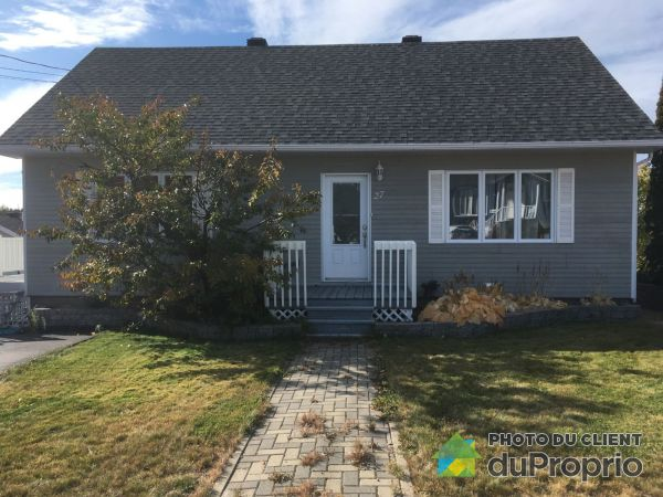 27 avenue Low, Baie-Comeau for sale