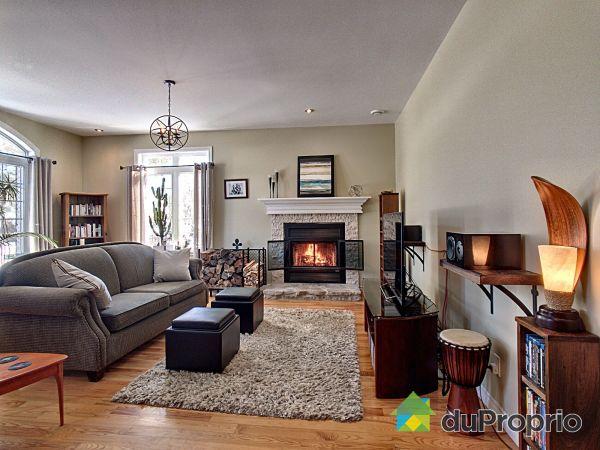 Foyer - 2594, rue de Troyes, Sherbrooke (Mont-Bellevue) à vendre