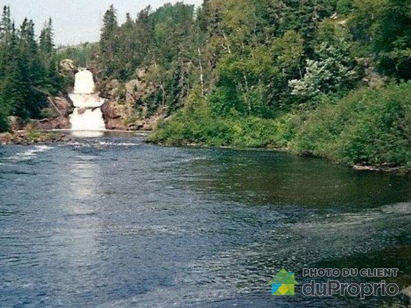 Vue sur rivière - 1, chemin du Lac-des-Cèdres, Longue-Rive à vendre