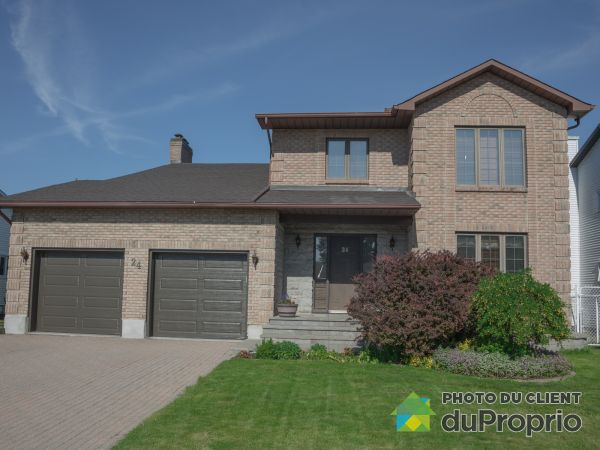 Summer Front - 24 rue Marcoux, Gatineau (Hull) for sale