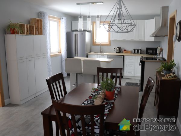 Eat-in Kitchen - 21 montée de Rivière-Morris, Gaspé for sale