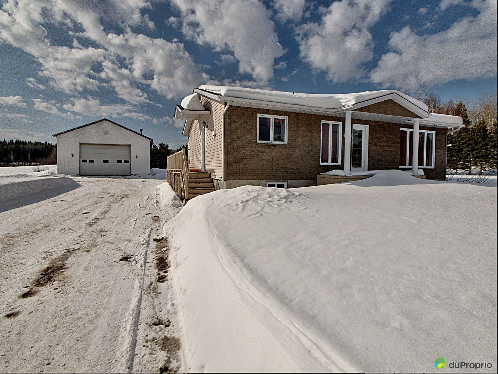 Winter Front - 410 chemin Saint-Léonard, St-Ambroise for sale
