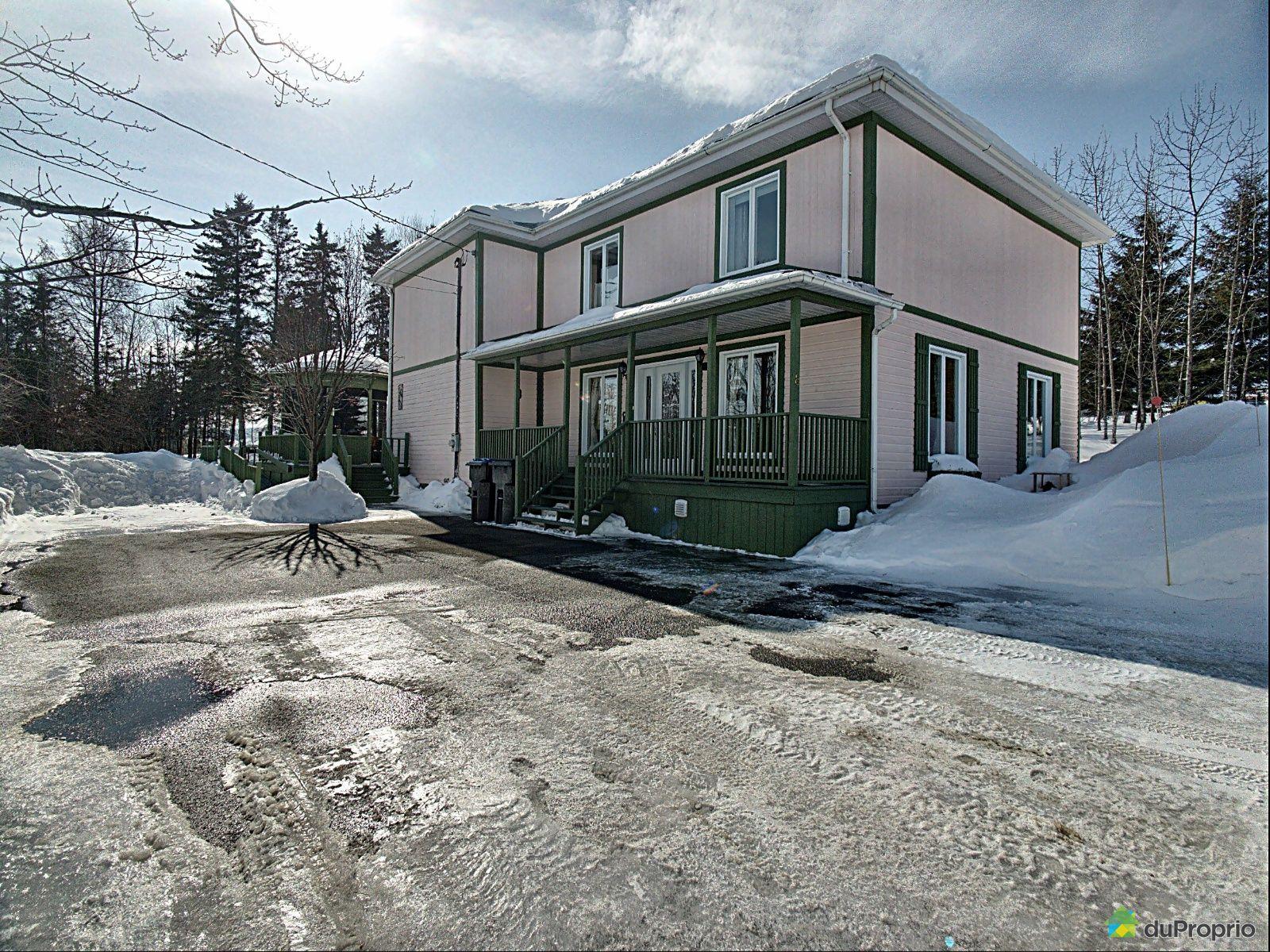 Winter Front - 8 rue Lejeune, Témiscouata-sur-le-Lac for sale