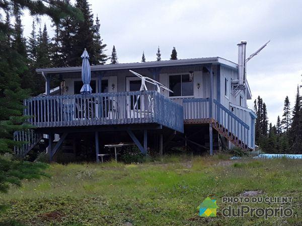 Bâtisse - 1, Lac Mouton, Mont-Valin à vendre