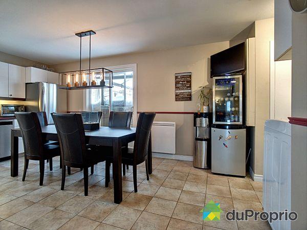 Salle à manger / Cuisine - 313, rue Fournier, Pintendre à vendre