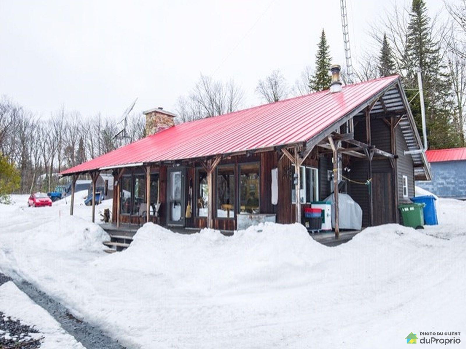 23, avenue de la Montagne, St-Tite-Des-Caps à vendre