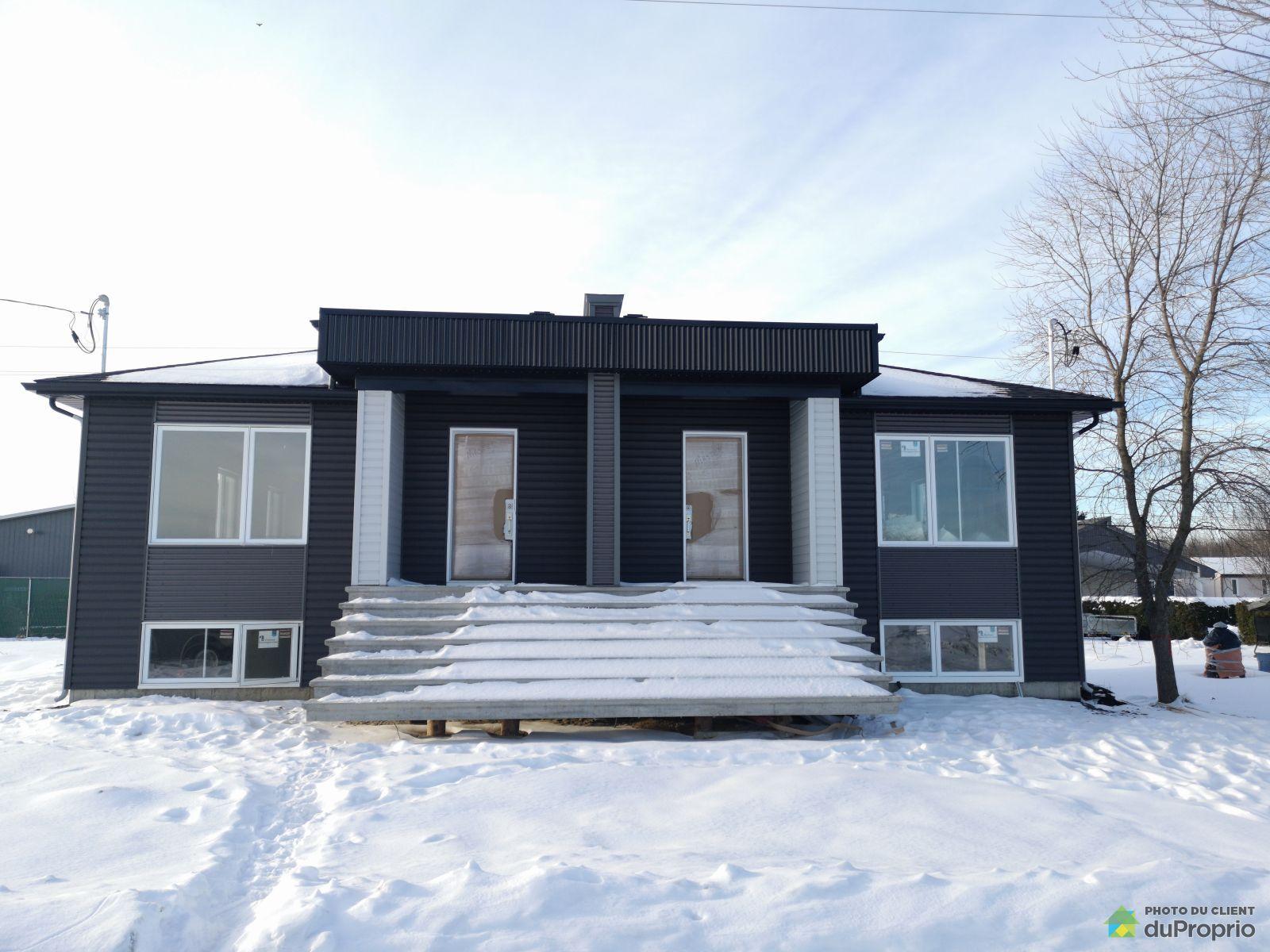4600, rue Kant - Par Doyon Construction plus, Drummondville (St-Nicéphore) à vendre