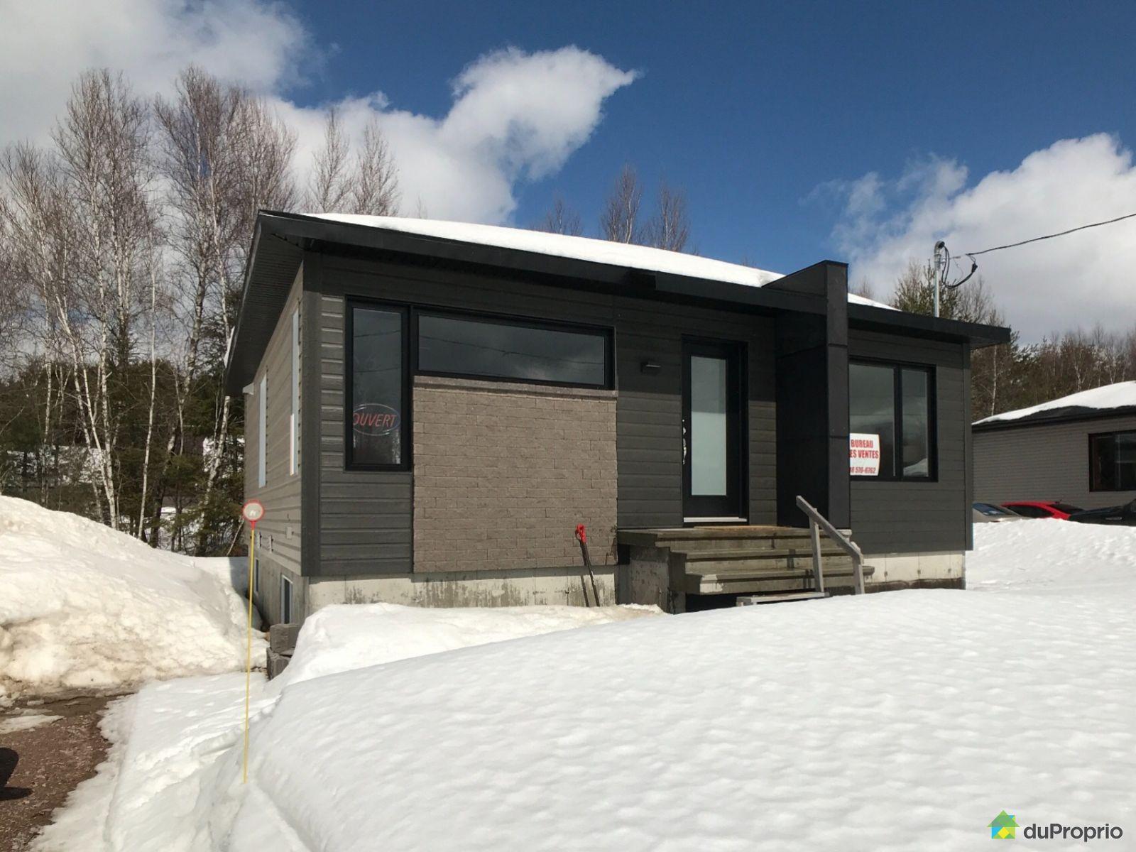 897 rue Fiset - Par Nicolas Savard Construction, St-Raymond for sale
