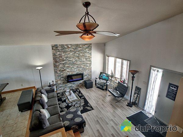 Living Room - 12675 28e Avenue, Rivière des Prairies for sale