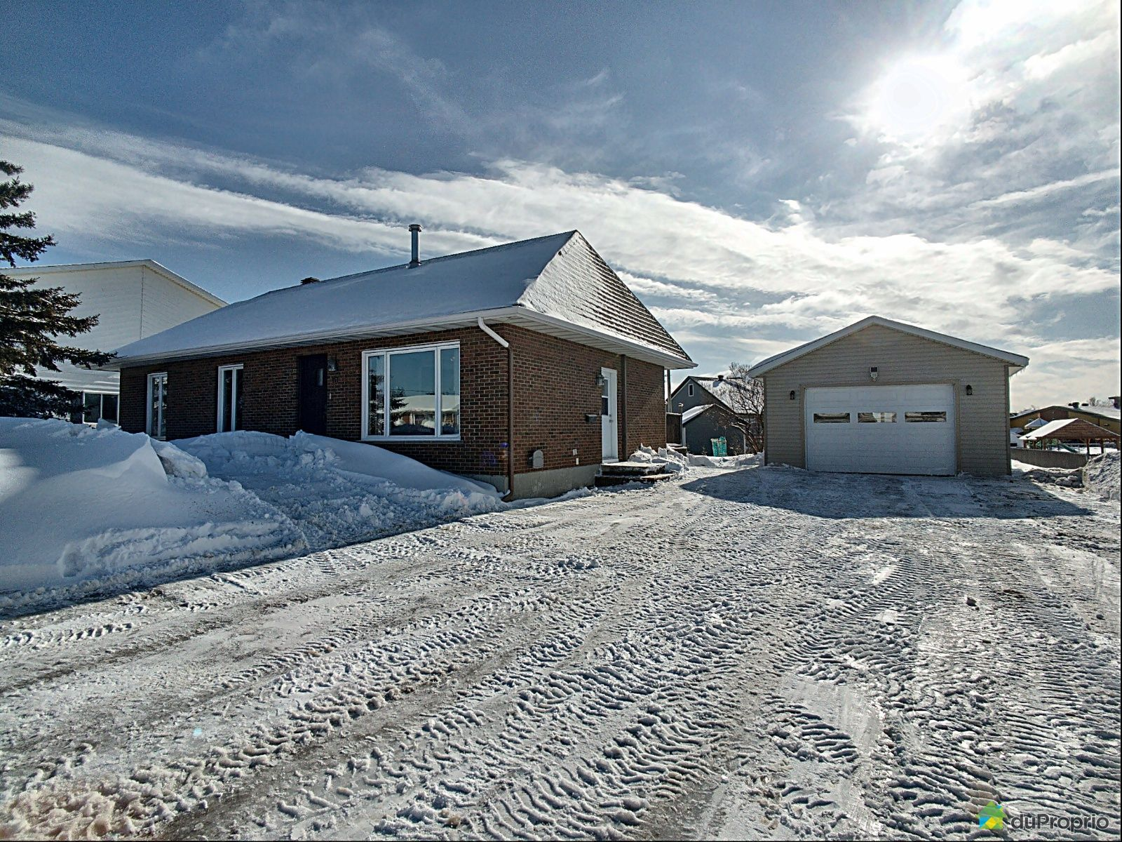 Winter Front - 117 rue Alfred-Fortin, Rivière-Du-Loup for sale