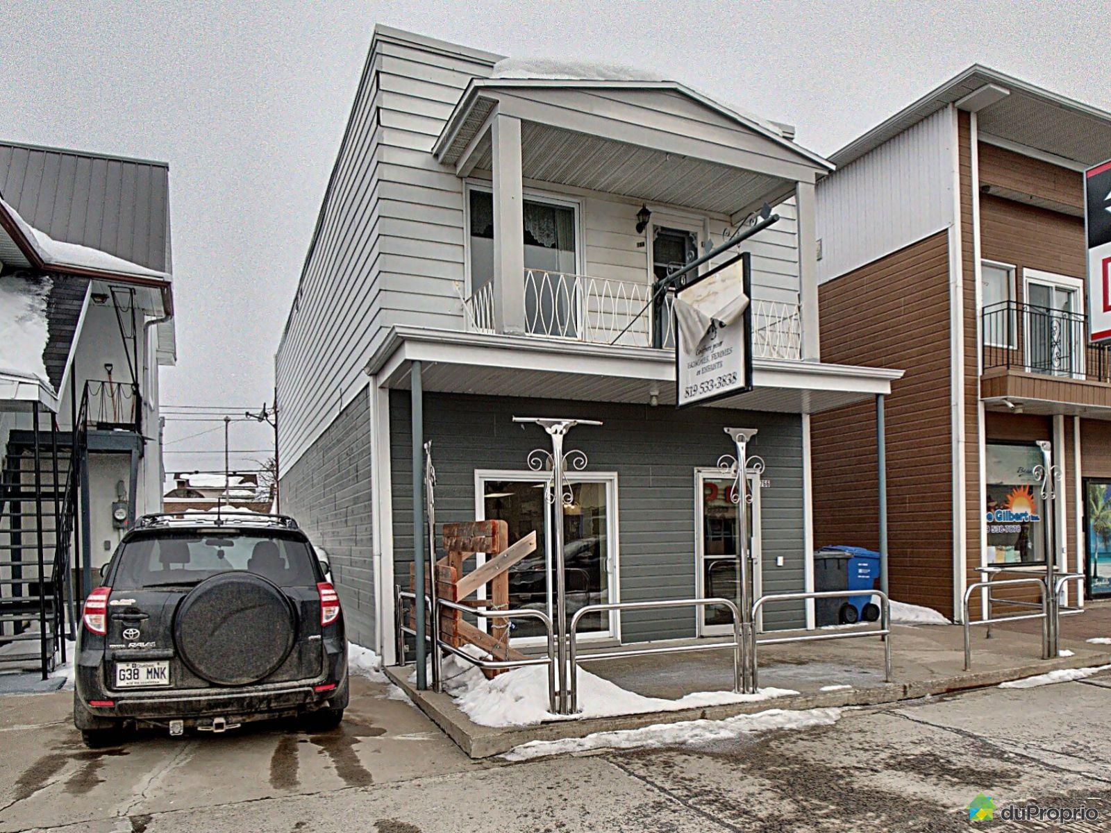 Winter Front - 766 avenue de Grand-Mère, Shawinigan (Grand-Mère) for sale