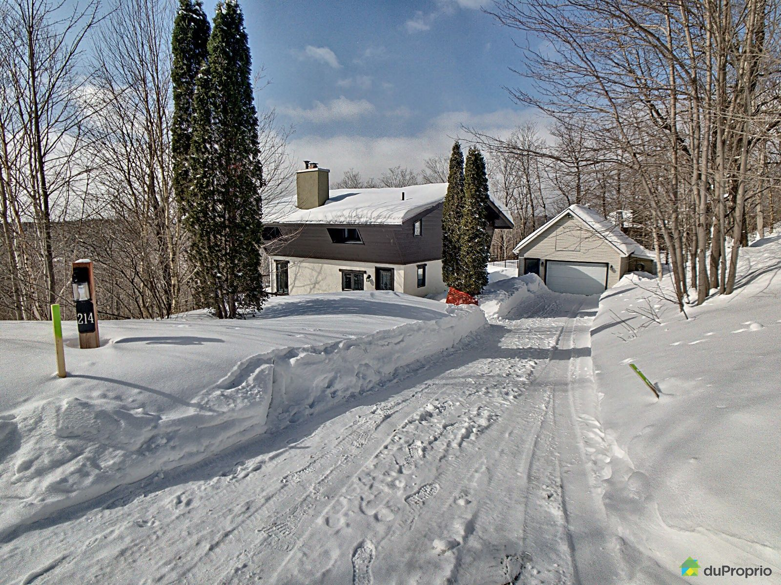 214, chemin des Granites, Lac-Beauport à vendre