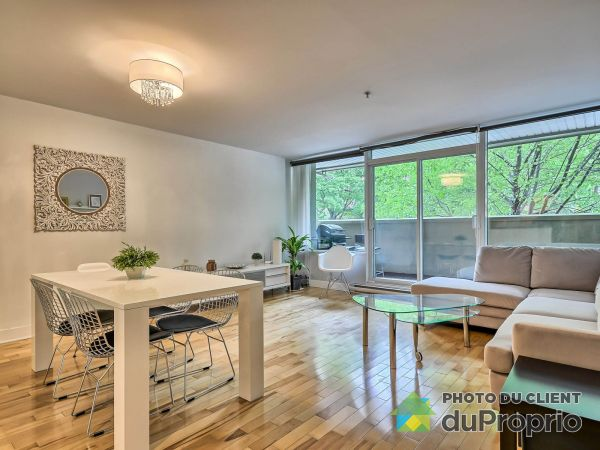 Living / Dining Room - 109-7080 rue Hutchison, Villeray / St-Michel / Parc-Extension for sale