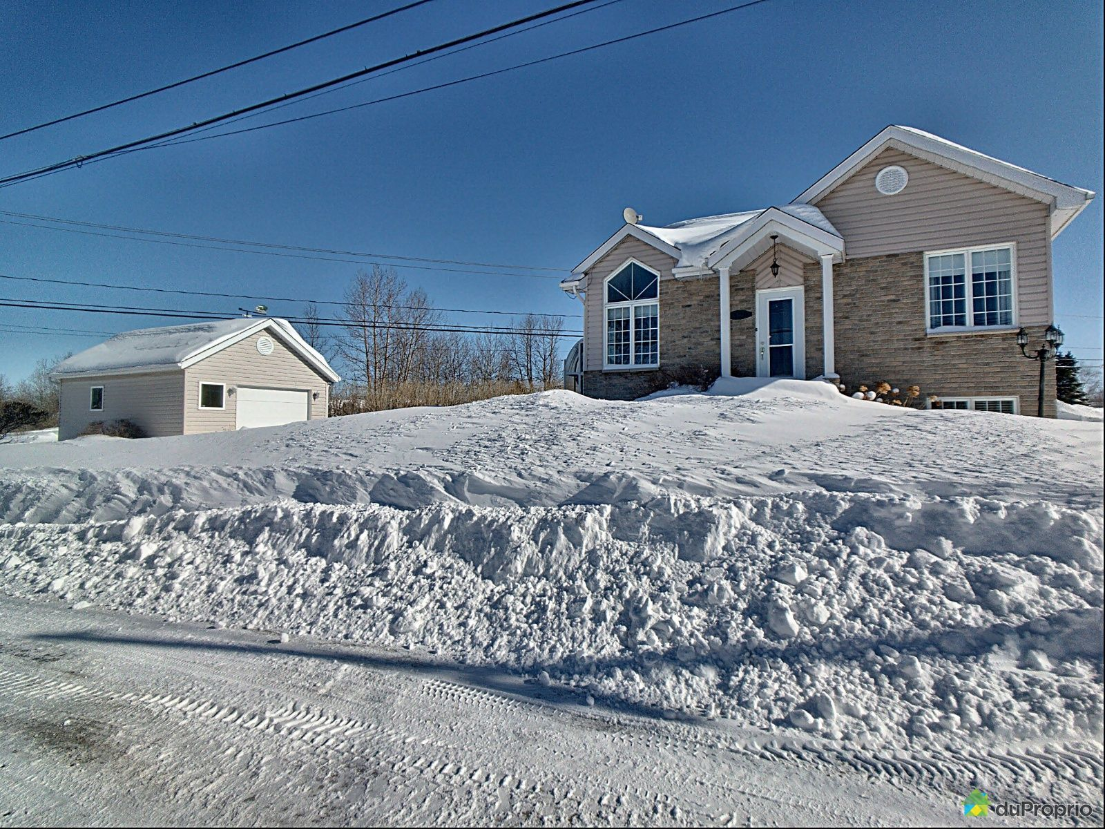 Overall View - 1428 rue Bellevue Nord, St-Félicien for sale