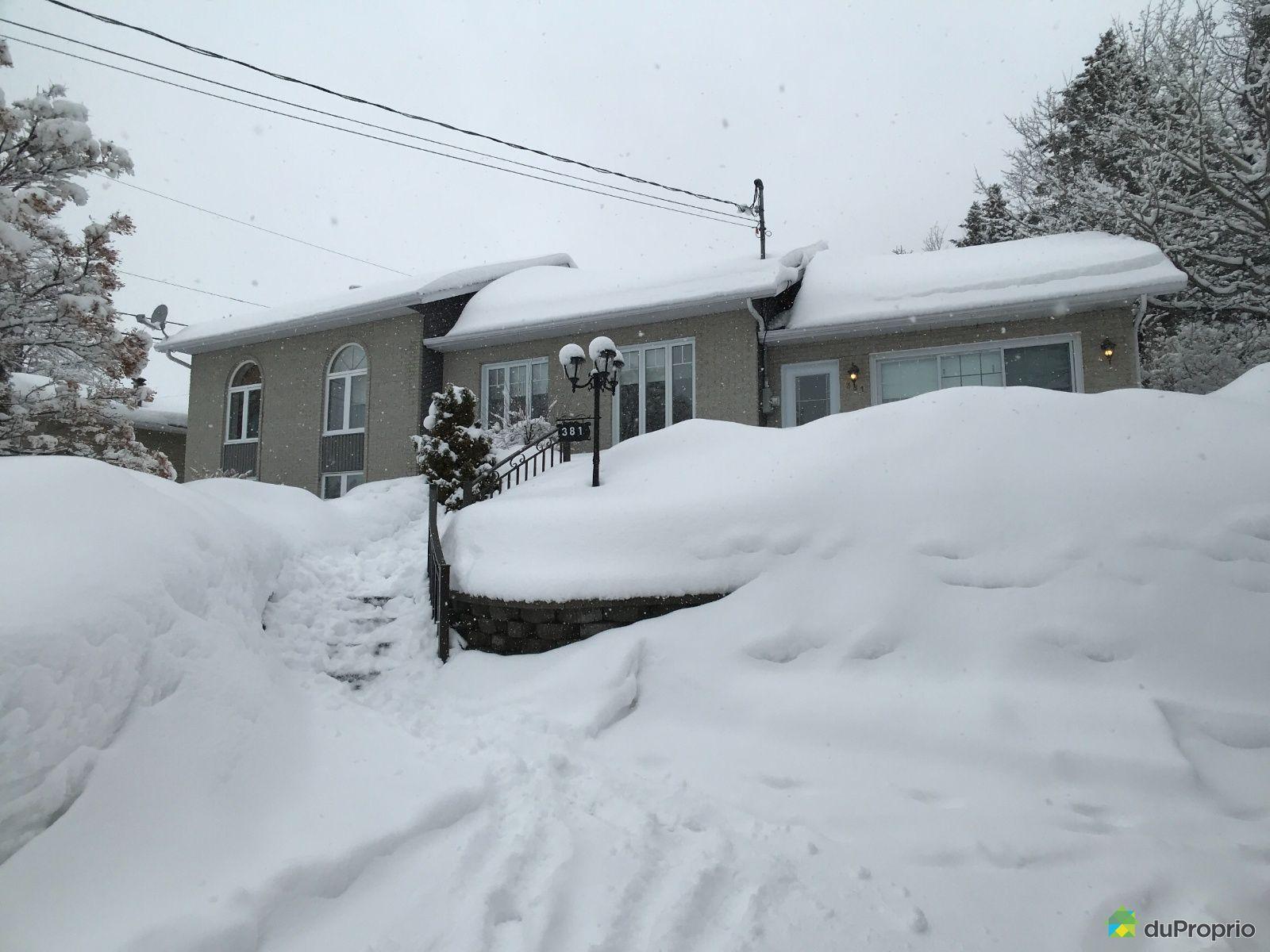 Winter Front - 381 rue Sainte-Anne, Alma for sale
