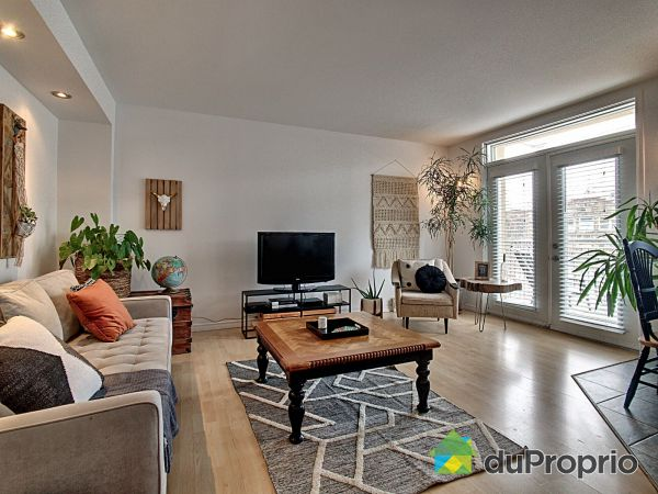 Living Room - 542 1ere Avenue, Limoilou for sale