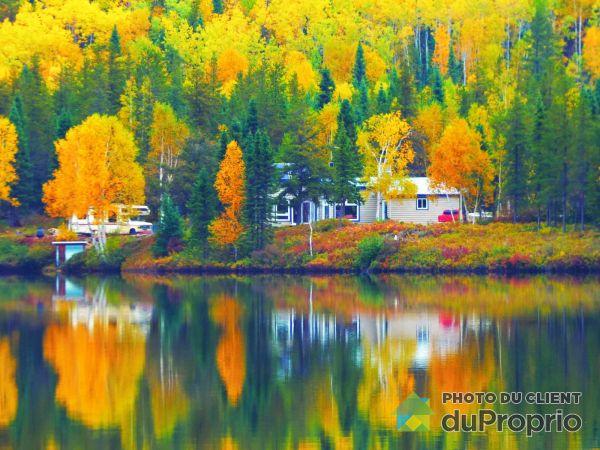 Vue sur le lac - CP 561, Station Bureau-Chef, La Tuque à vendre
