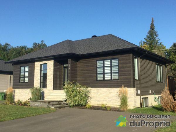 239 rue Dubé, Drummondville (St-Nicéphore) for sale