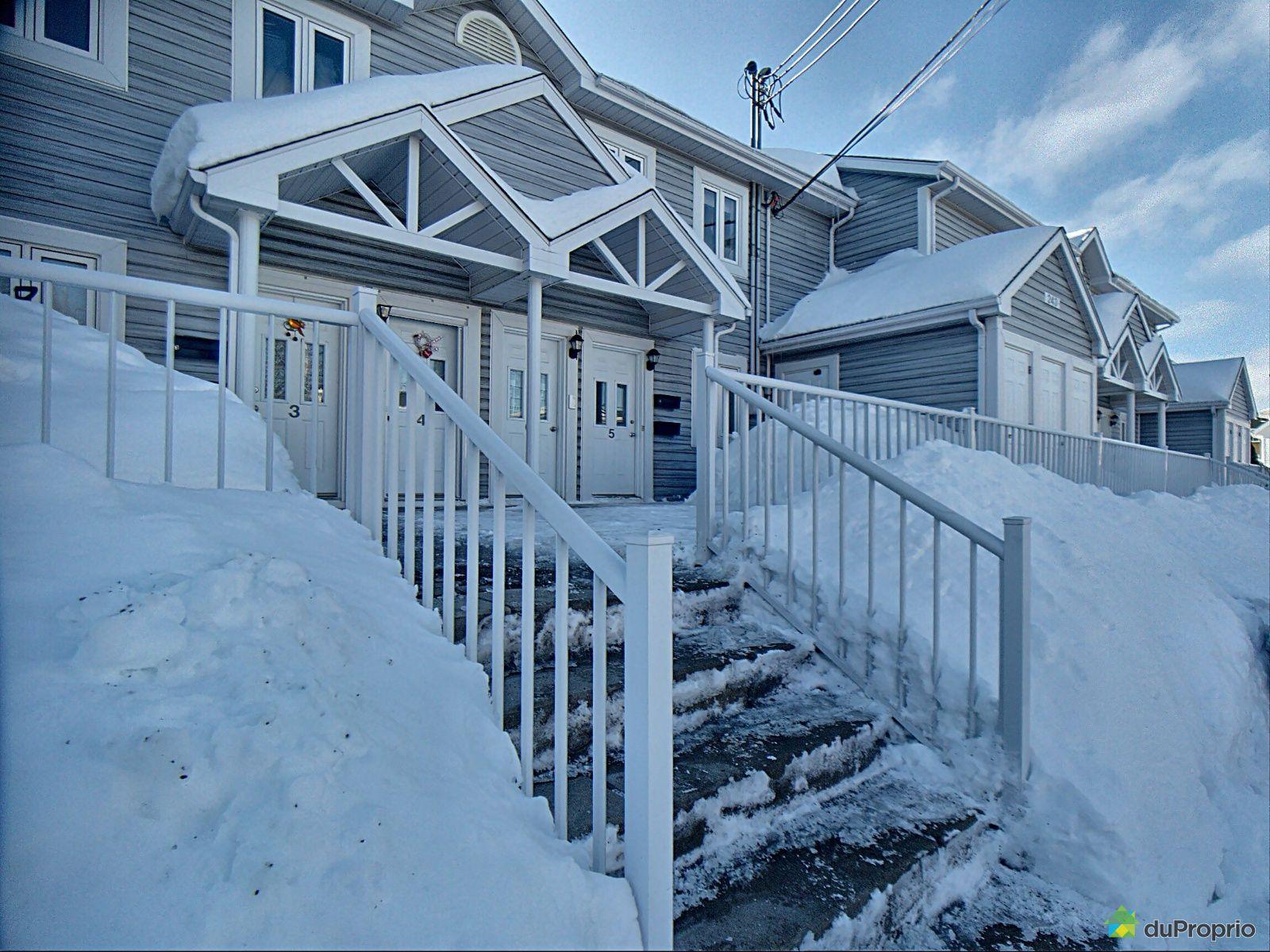Winter Front - 5-243 rue Saint-Robert, Rimouski (Rimouski) for sale