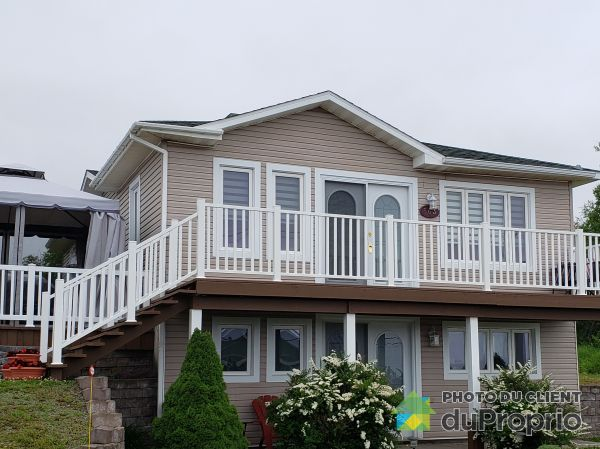 Summer Front - 563 route 132, Newport for sale