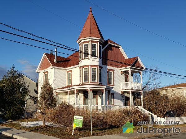 1233, rue Girouard, Marieville à vendre