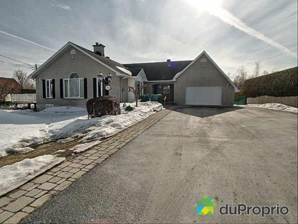 Winter Front - 3146 chemin Galvin, Sherbrooke (Fleurimont) for sale