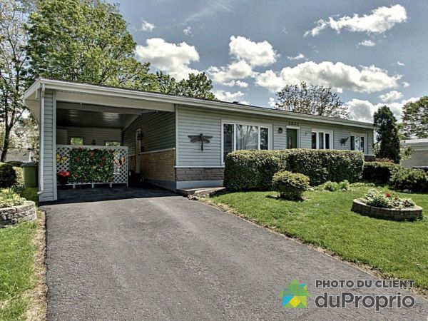3055 rue Chambalon, Ste-Foy for sale